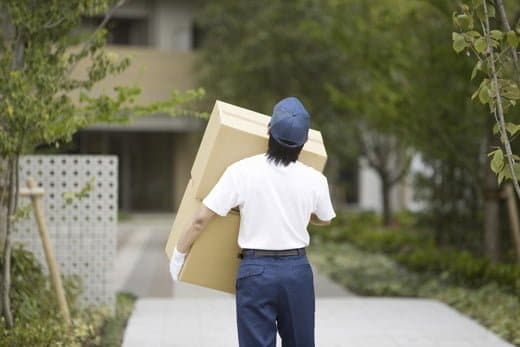 引越し業者の荷物運びはかなり大変